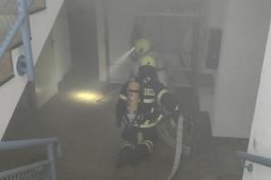 2021-08-16 Atemschutzübung Innenangriff DGH Höhfröschen